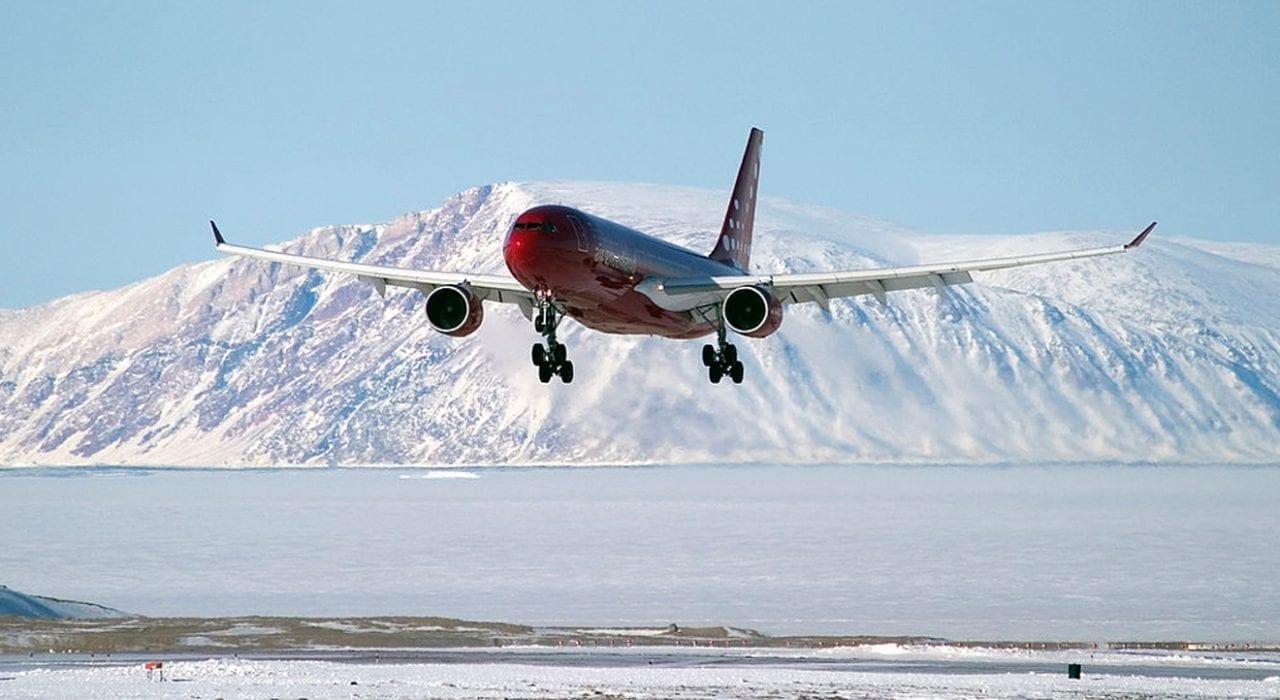 Airbus 330-200 Plane